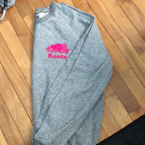 Roots Sweaters - Roots long sleeve